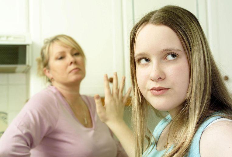 Al die vrije tijd, in combinatie met de stress voor het schoolrapport en de vermoeidheid van twee weken studeren, kan voor behoorlijk prikkelbare kinderen én ouders zorgen.