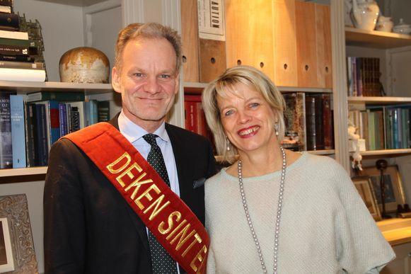 Gudrun Verschuere samen met echtgenoot Dirk Cloet, die in 2016 verkozen werd tot deken van Sint-Elooi.