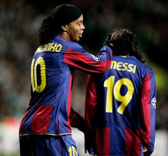 Februari 2008: Messi en Ronaldinho maken grote sier met FC Barcelona in een Champions League-match op Celtic.
