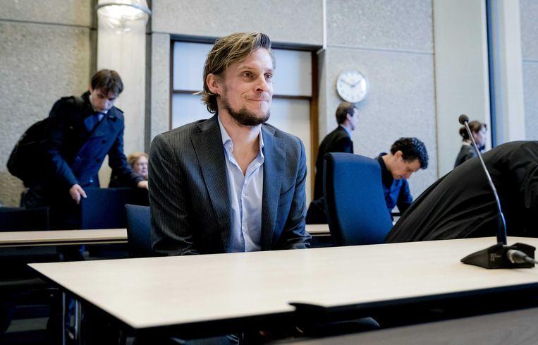 Auteur Thijs Zonneveld hoeft geen rechtzettingen te publiceren.