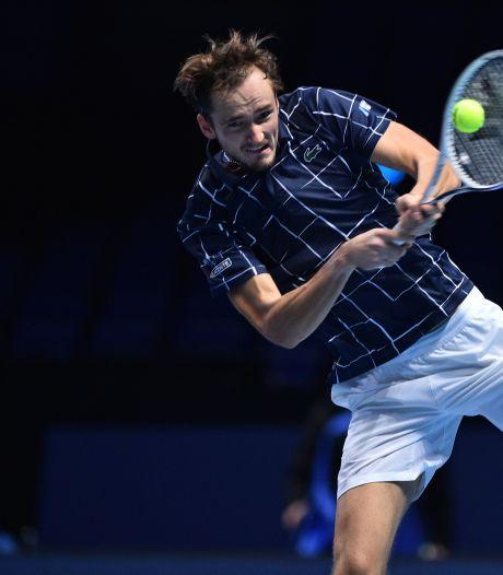 Medvedev boekt tegen Zverev eerste zege op ATP Finals