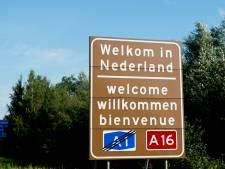 Wilden Syrische mannen drankje doen in Arnhem of smokkelden ze hun 'nieuwe vriend' de grens over?