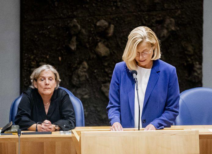 Voormalig minister Ank Bijleveld (links) en voormalig minister van Buitenlandse Zaken Sigrid Kaag.