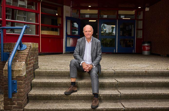 Rob Fens neemt afscheid als algemeen directeur van de Wolfert-scholen.