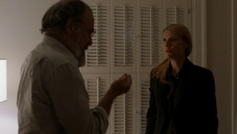 Saul Berenson en Carrie Mathison in de laatste aflevering van Homeland. Beeld Showtime