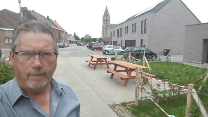 Stad Ieper plaatst rolstoelvriendelijke picknicktafels in parken en op pleinen