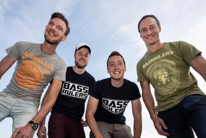 Erik Scherpenisse, Alex Jongens, Malcom MacGregor en Jeroen Gramsma, een team met veel ambitie.