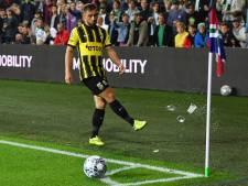 Vitesse vraagt fans opnieuw: gooi niet met bier in het stadion