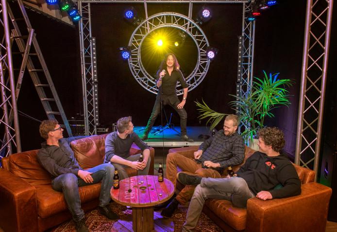 De bandleden van Ritn Ditn scoren met hun boerenrock in dialect.