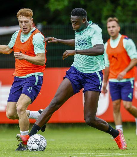 Ook Luckassen traint individueel in afwachting van transfer van PSV naar nieuwe club