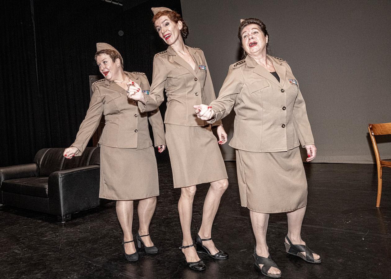 De Andrew Sisters maken deel uit van de Alphense theaterproductie.