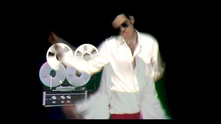 Een beeld uit 'DEEWEE TEEVEE', de YouTube-show van de broers Dewaele. Beeld rv