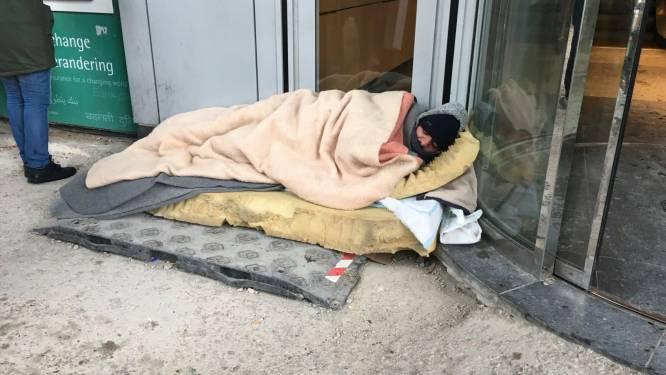 10 daklozen opgepakt in Etterbeek om ze tegen de kou te beschermen
