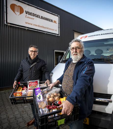 Voedselbank Losser blij met nieuwe plek, nu nog een nieuwe bus