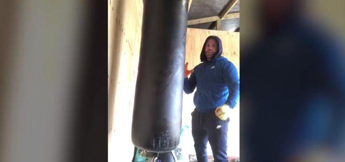 """Le champion du monde Billy Joe Saunders explique dans une vidéo comment réagir """"si votre bonne femme vient vers vous pour vous cracher son venin à la gueule"""""""