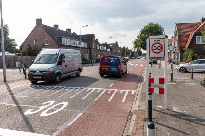 De Noordewierweg in het Soesterkwartier is al jaren een doorn in het oog van veel wijkbewoners.