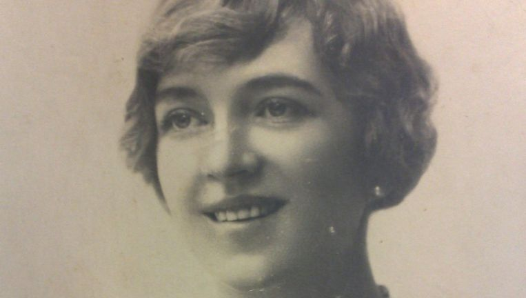 De flamboyante moeder van Ramses Shaffy: de vrouw die eigenlijk een tsarendochter wilde zijn. Beeld DM