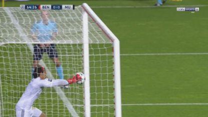 LIVEBLOG CL: Svilar blundert op gruwelijke wijze, Hazard zorgt met twee goals voor spektakelstuk tegen AS Roma