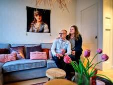 In huize Van den Berg bepaalt Elco het interieur: 'We eten aan een zwarte biertafel'