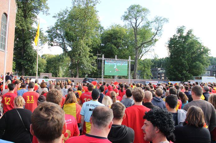 De matchen van de Rode Duivels werden in het verleden regelmatig uitgezonden in Ingelmunster, zoals op dit archiefbeeld van tijdens het WK in Rusland illustreert.