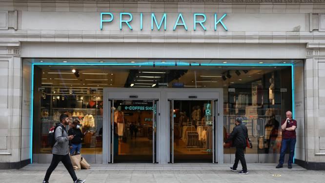 Primark promet des vêtements moins polluants d'ici 2030