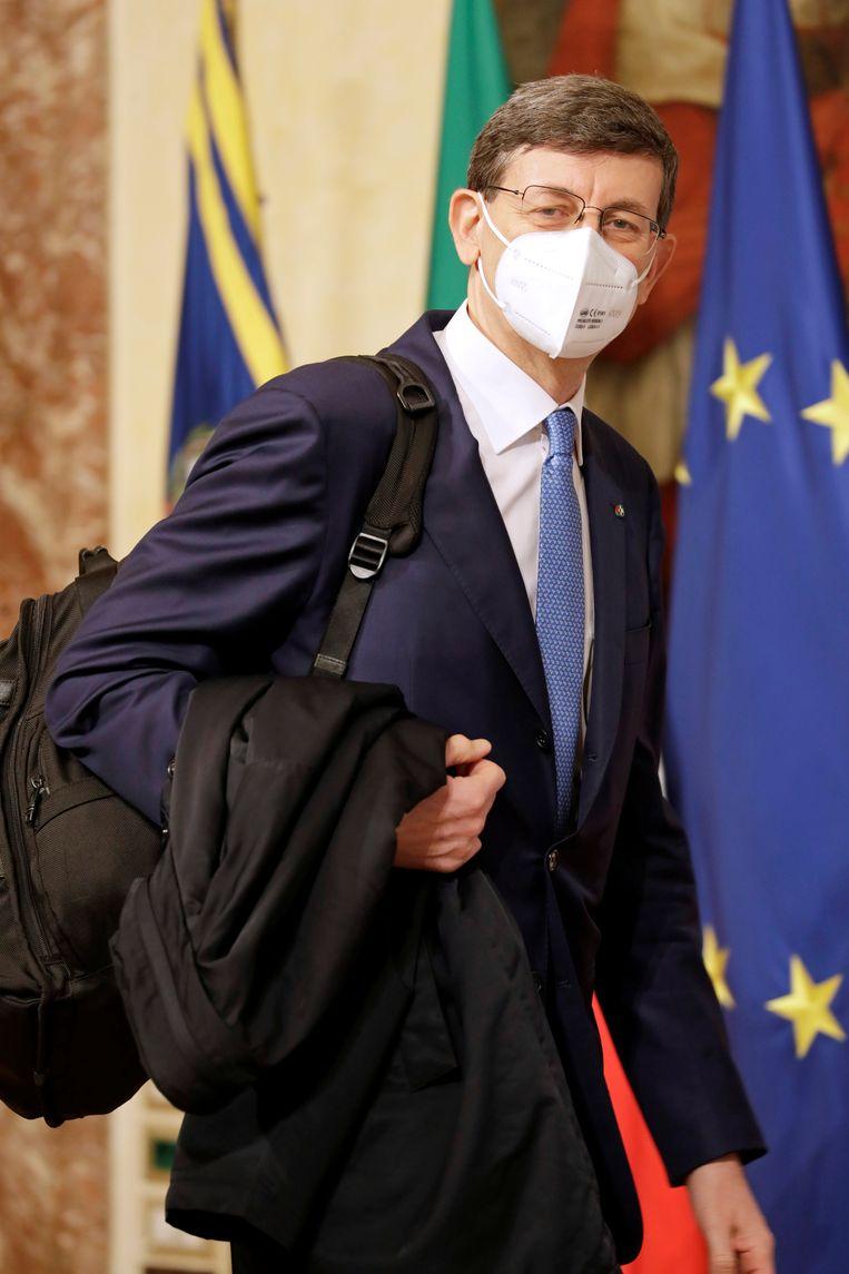 Nog een opvallende nieuwe naam in Draghi's kabinet: oud-Vodafone-topman Vittorio Colao, hij krijgt de leiding over het nieuwe ministerie van technologische innovatie. Beeld REUTERS