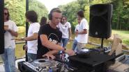 """Bram (17) is jongste DJ op Tomorrowland: """"Mama en papa zijn de enige die overal mee naartoe gaan"""""""