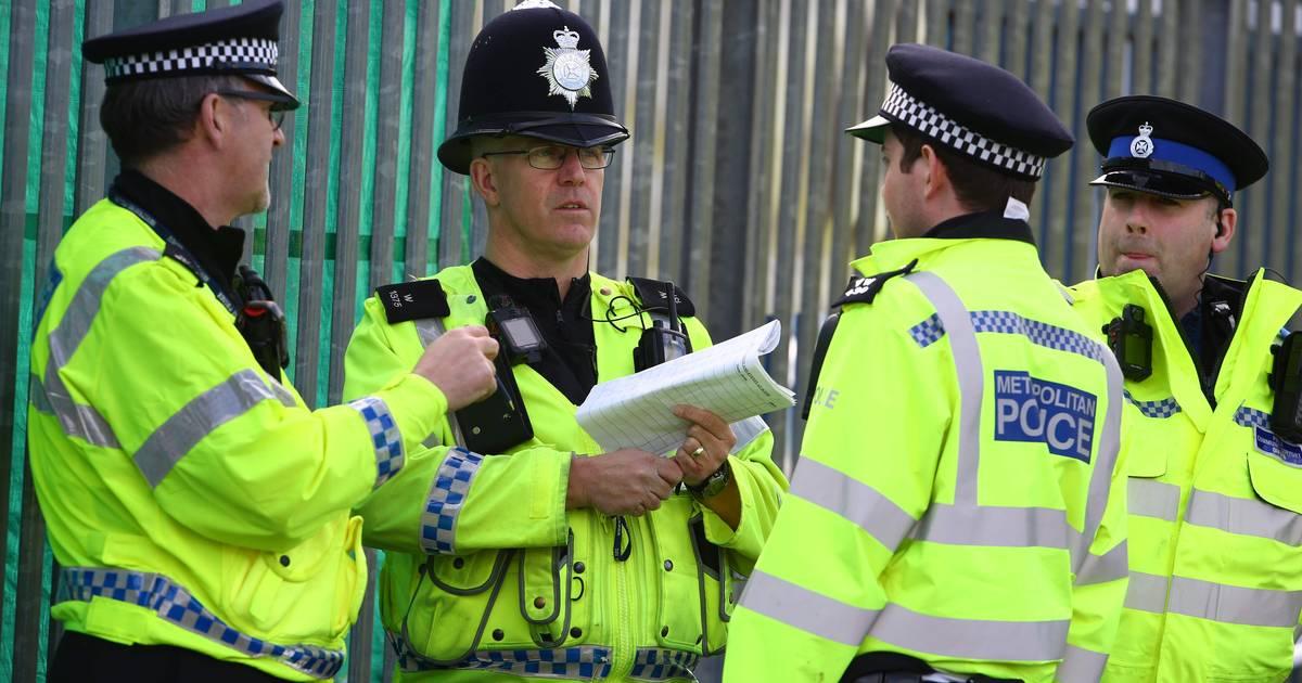 Man opgepakt na dodelijk 'horrorongeluk' Engelse scholieren: 'Iedereen is in shock'.