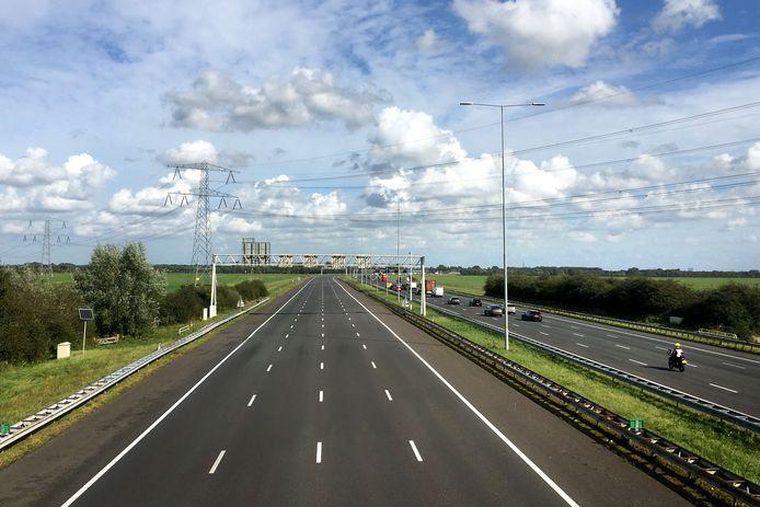 Een lege A12 bij Woerden.