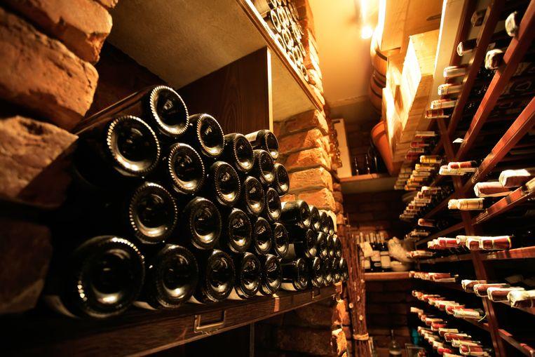 Hoe bewaar je wijn het best en op welke temperatuur? Beeld Shutterstock