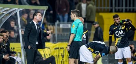 PEC Zwolle - NAC onder leiding van Kamphuis