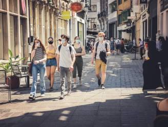 De mondmaskers mogen af, maar dat is nog niet doorgedrongen in Gent