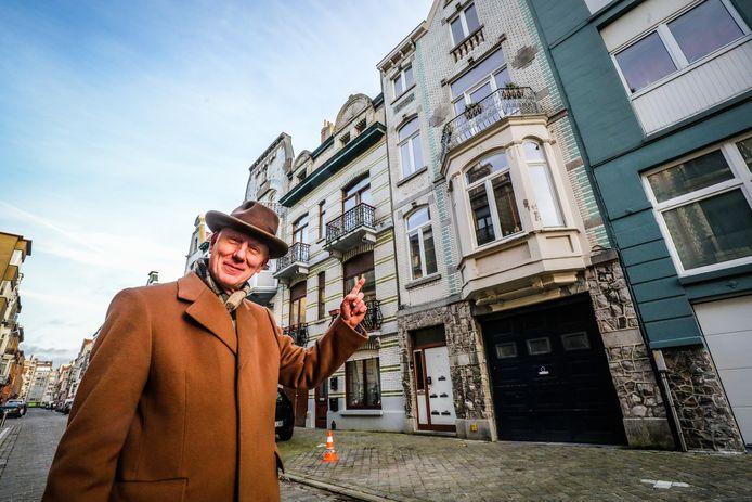 Achter deze gevel in de Velodroomstraat moet het museum met de piano's en Cowboy Henk verrijzen.
