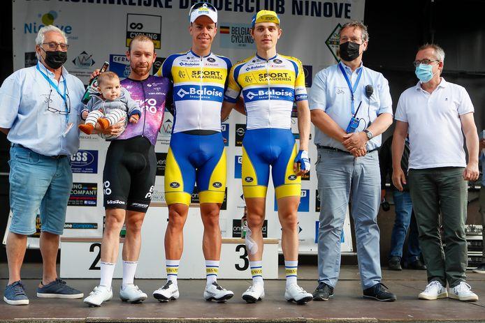 Gilles De Wilde haalde in Ninove voor het eerst het podium van een profkoers. Hij werd derde na ploegmaat Jens Reynders en Michael Van Staeyen.