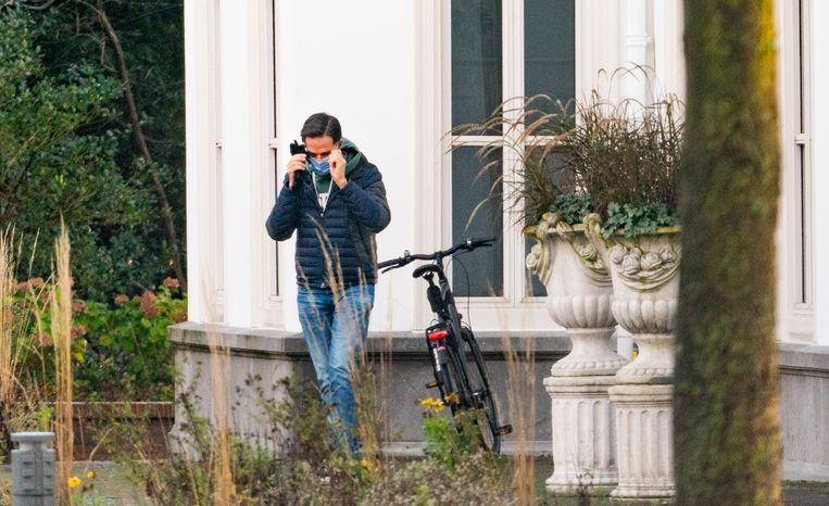 Premier Mark Rutte komt zondag aan bij het Catshuis voor een extra corona-overleg.  Beeld ANP