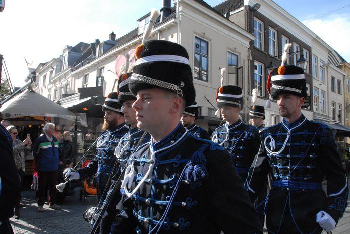 Parade ter ere van 75 jaar bevrijding 's-Hertogenbosch.