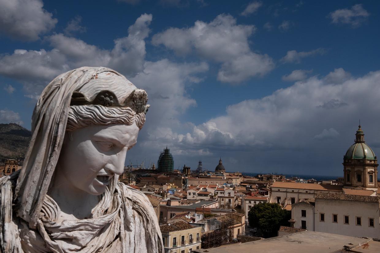 Uitzicht op het oude centrum van Palermo. Beeld Giulio Piscitelli