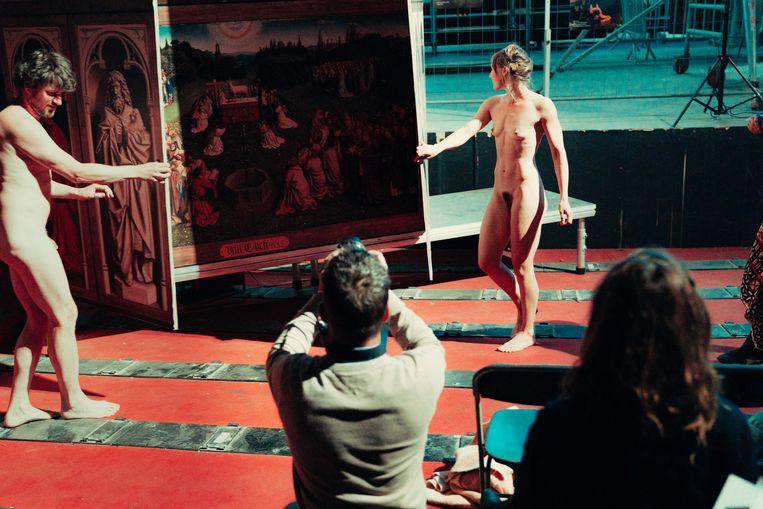 Adam en Eva uit Milo Rau's 'Lam Gods'. Beeld Illias Teirlinck