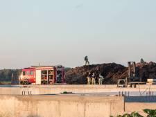 Brandweer massaal naar brand in mesthoop Abcoude