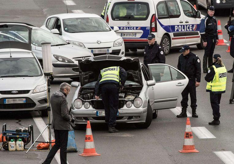 Beeld van een grenscontrole aan de Frans-Belgische grens, vandaag. Beeld AFP