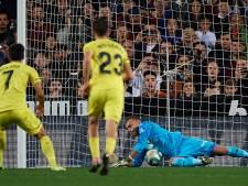 Cillessen stopt een penalty en wint van Villarreal