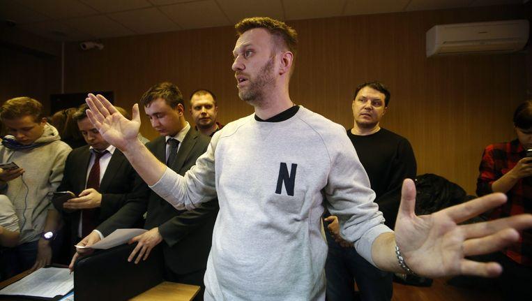 Kremlincriticus Aleksej Navalny vandaag in de rechtbank in Moskou. Beeld epa