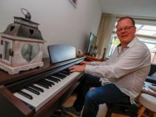 Muzikale Deurnenaar gebruikt Millennium-boeken voor album