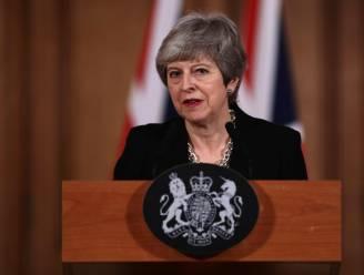 """May: """"We vragen uitstel van brexit."""" """"Valstrik"""", zegt Schotse premier"""