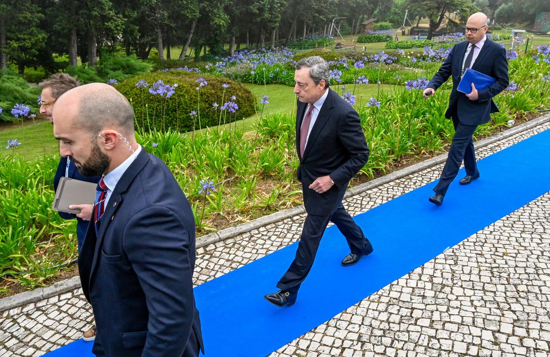 ECB-voorzitter Mario Draghi in het Portugese Sintra op dag twee van de conferentie. Beeld Corbis via Getty Images