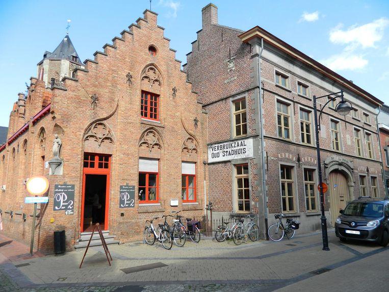 Het Oud Schepenhuis en Oud Stadhuis.