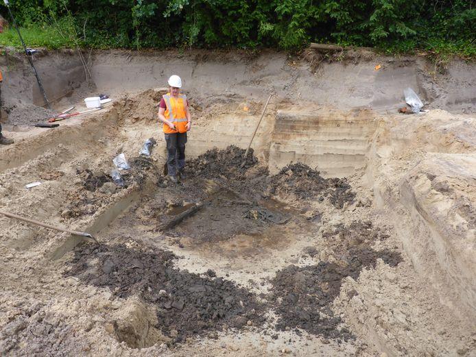 De vondst twee jaar geleden van houtresten in een kuil, bij archeologische opgravingen in Doorn. De houtresten blijken van de tot nu toe oudste karnmolen in Nederland te zijn.