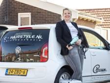Kapster uit Neede: 'Vooral niet zelf je haar knippen'