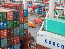 Securitas-beveiliger (30) hielp volgens justitie een drugsbende om 540 kilo coke de haven in te smokkelen