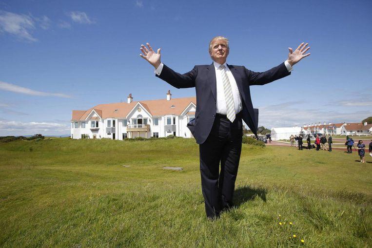 Donald Trump op zijn Turnberry golf-resort. Beeld